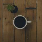 Wie Influencer ihre Kaffeetasse für Instagram fotografieren